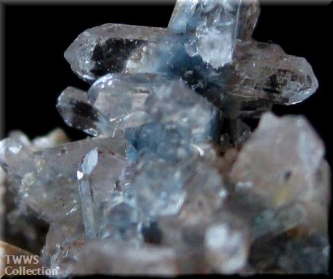 パパゴ石入り水晶_南アフリカ1アップ