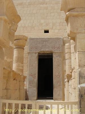 Hatshepsut01i