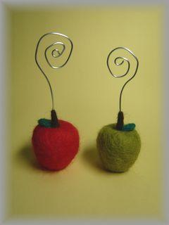 りんごのカード立て