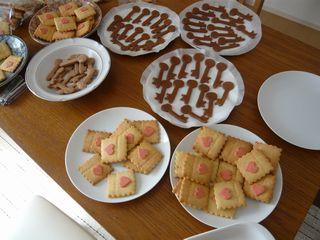 クッキー量産中