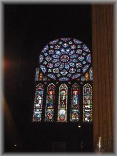 シャルトル大聖堂のステンドグラス2