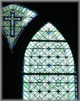 モンサンミッシェルのステンドグラス
