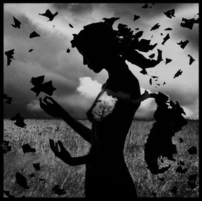 в душе ощущяеться пустота,