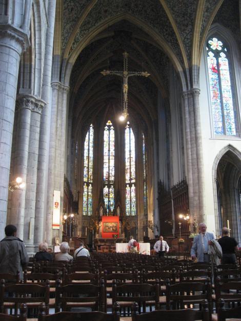 大きい教会