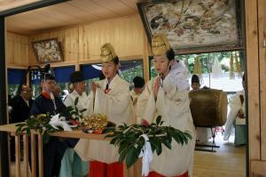 2009.10.12.・「秋祭り、巫女舞い」、2