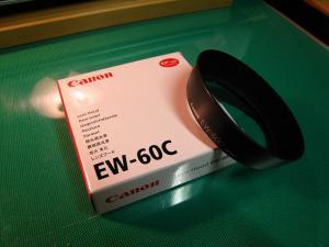 Canon EOS、「レンズフードEW-60C」、2