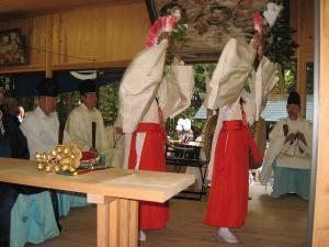 2009.10.12.・「秋祭り、巫女舞い」、6