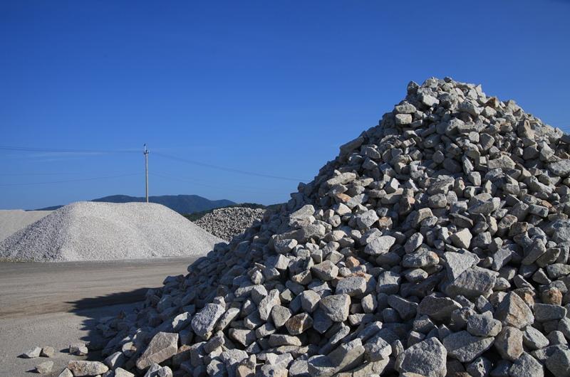 岩石山の頂上で