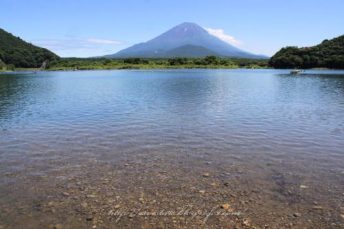 精進湖から富士山02