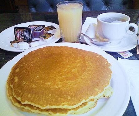 朝食NYC