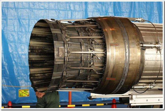 F15_200910.jpg