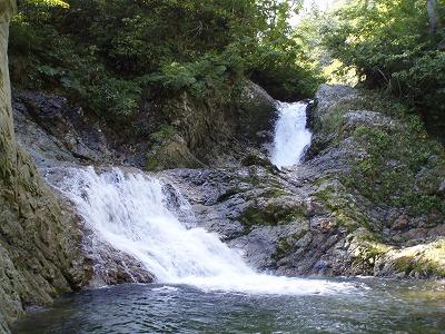 F1ー10m2段滝1