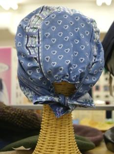 室内用かぶり帽子2