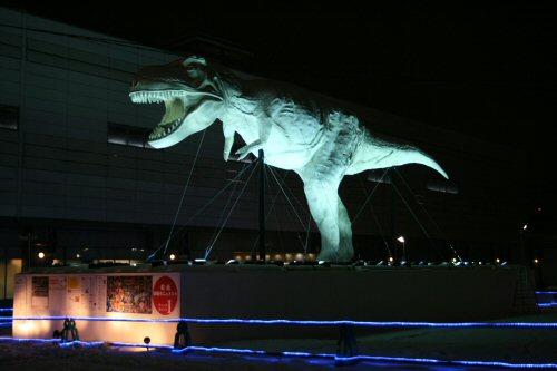 福井駅前ライトアップ 和紙 恐竜01