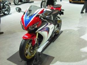 CBR1000RR(ABS)