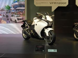 VFR1200F