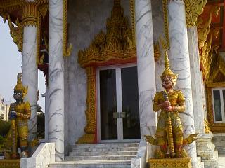 タイお寺2