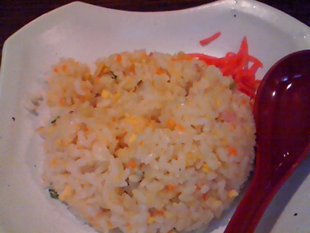 中房(冷やし坦々麺セットの焼き飯)