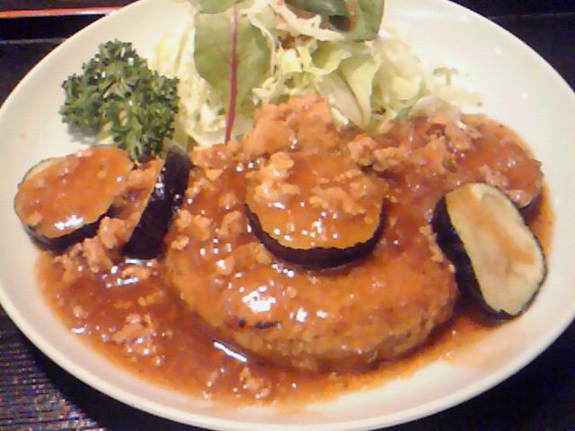 瀬るび(豆腐ハンバーグ)