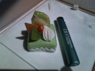 プチメロンケーキのマグネット
