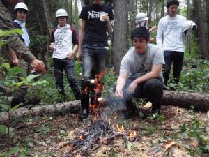 焚き火でマシュマロ