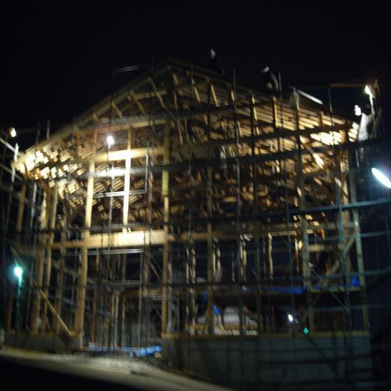 嶋田建て方13日夜
