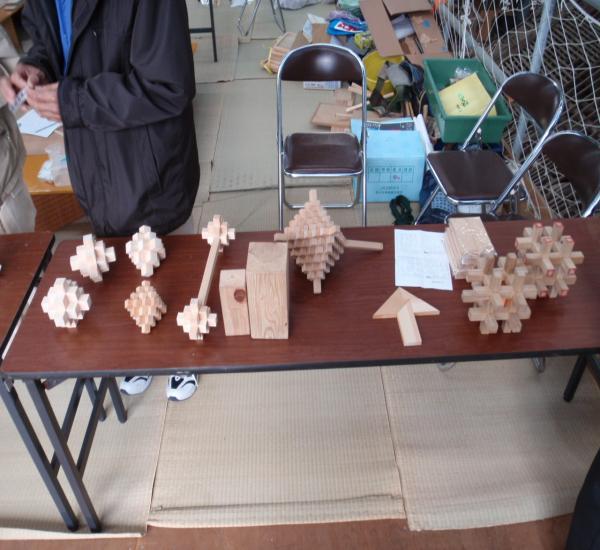 五意の会 木組みのパズル