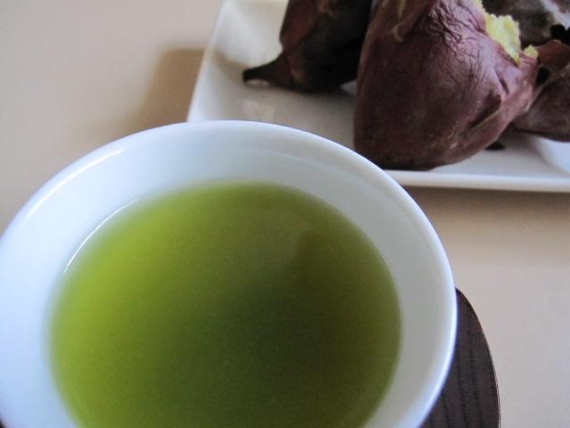 お芋と玄米茶1