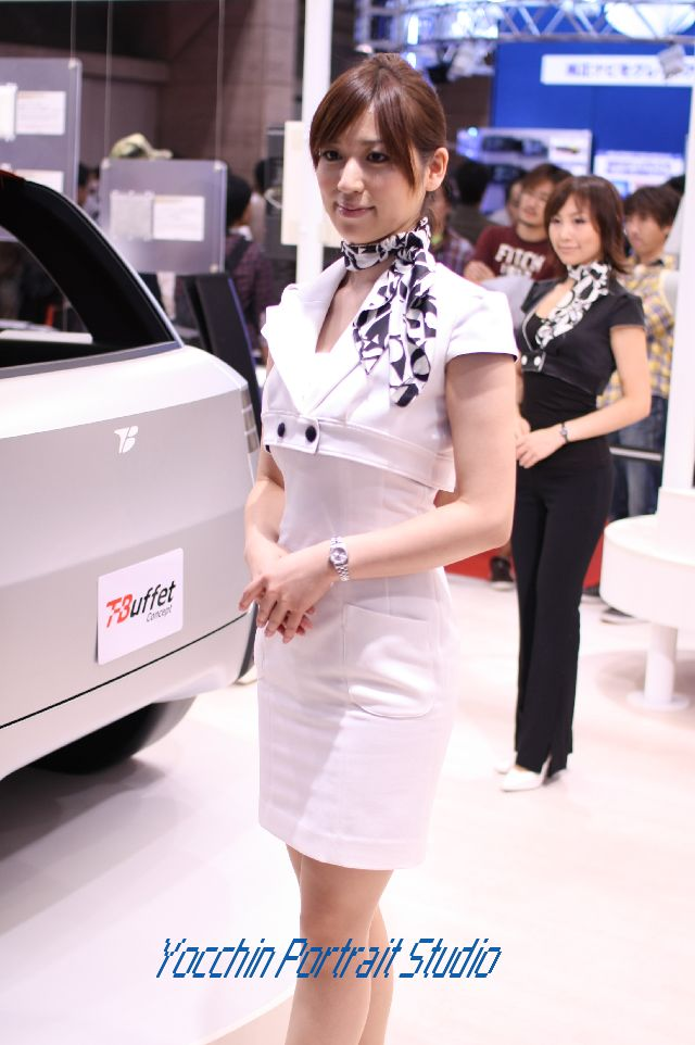 東京モーターショー2009コンパニオントヨタ紡織001