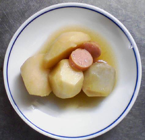 ウインナーと里芋の麺つゆ煮