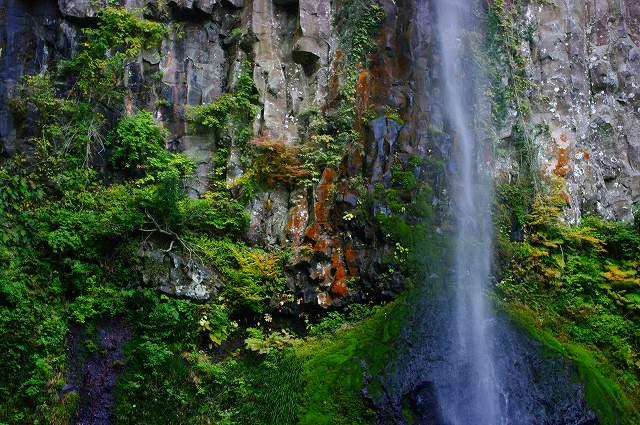 東椎屋の滝4