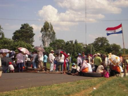 土地なし農民デモ