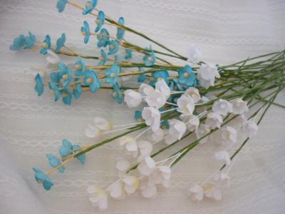 ちまちま小花。