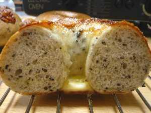 ゴマチーズベーグル2