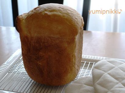 初めて作った食パン♪