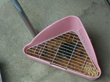 吸気穴にゴミ4ウサギ糞
