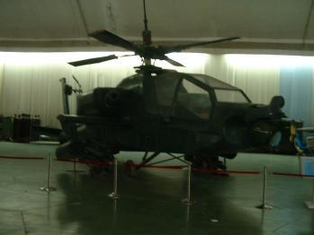 空博バンカー展示自作ヘリ05