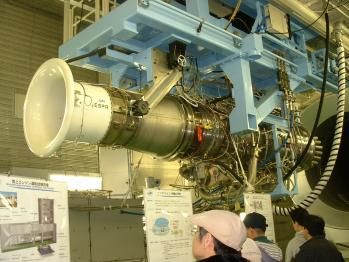 JAXA-エンジン運転室ハンガー