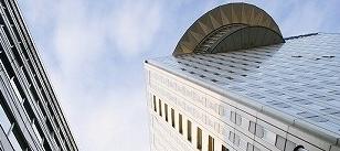 東洋大学摩天楼