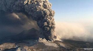 kirishima-volcano-eruption-26-jan-2011.jpg