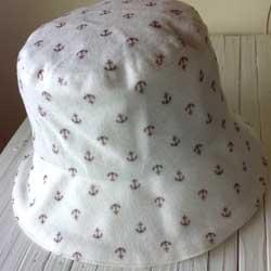 イカリ柄シンプルクロッシュ帽子