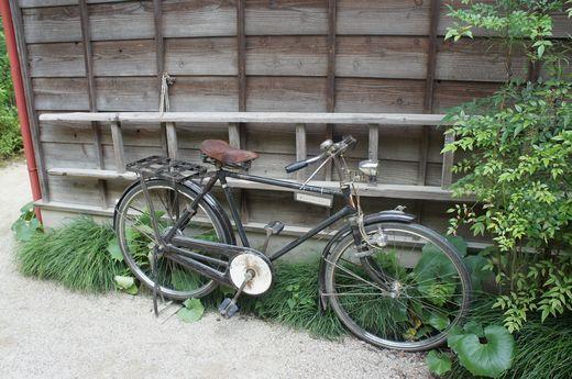 サツキとメイの家・自転車