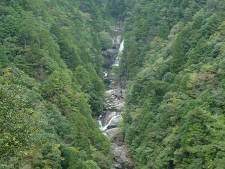 fudonanaenotaki02.jpg