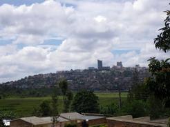 9apr2010 キガリの中心街を望む