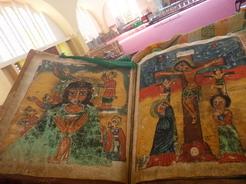 9may2010 新しいシオンの聖マリア教会にある1000年前の聖書