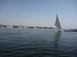 25may2010 ルクソールのナイル川