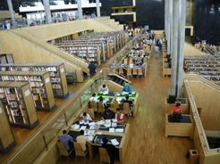 30may2010 図書館の中