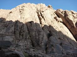 2jun2010 花崗岩の岩山