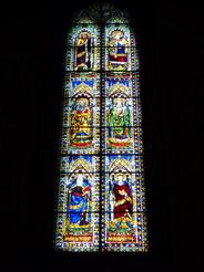 8jul2010 教会のステンドグラス