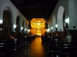 3aug2010 サン・フランシスコ教会の中